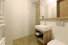 Hotel Histrion - Bathroom 1.jpg